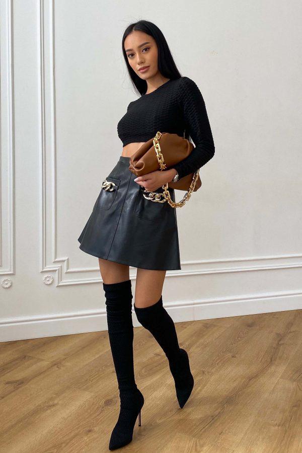 Коротка чорна спідниця з екошкіри   50877