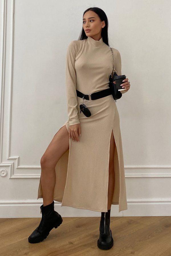 Трикотажна сукня в рубчик бежева | 50730